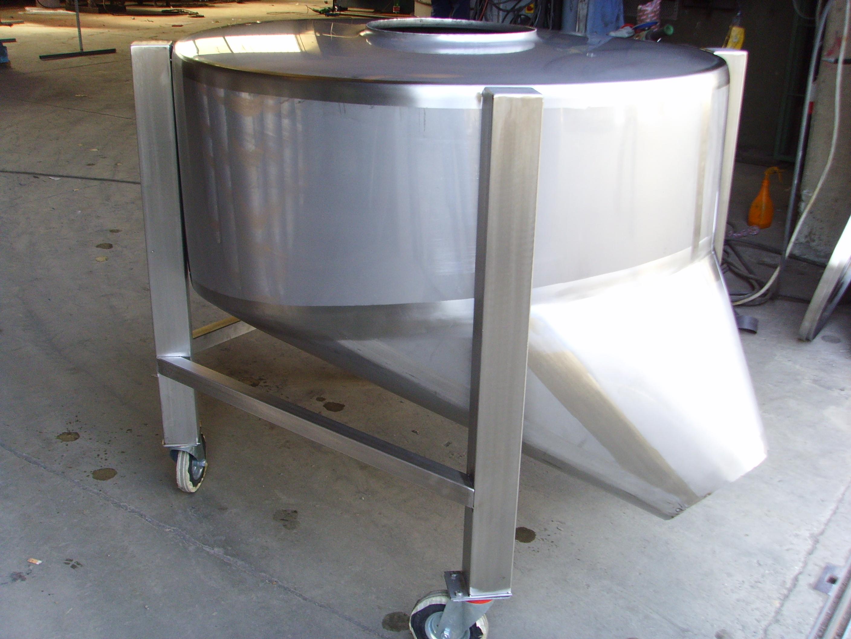 Serbatoio-silos-di-stoccaggio-latte