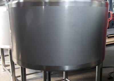 vaschetta-con-miscelatore-per-succhi