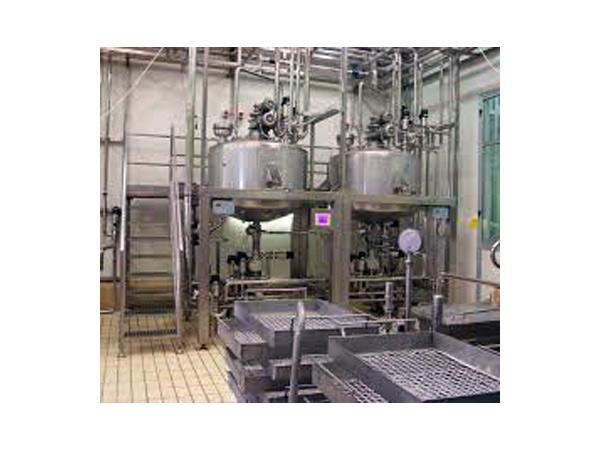 Macchine-industriali-per-succhi-di-frutta