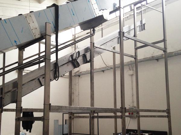 Lavori-macchinari-per-settore-alimentare
